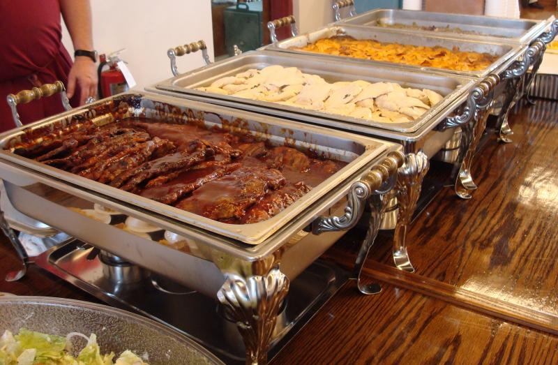 Reasons To Choose A BBQ Catering Service For Your Event